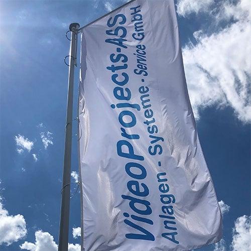 Das Bild zeigt die Flagge der VideoProjects GmbH aus Hamburg